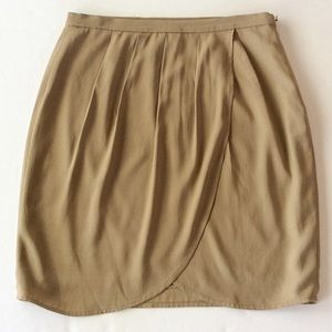 W BY WORTH TAN RAYON SKIRT SIZE 4